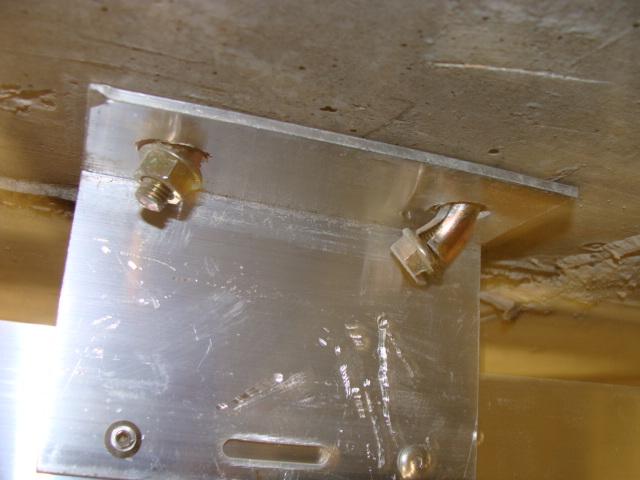okropne montowanie kotew stalowych