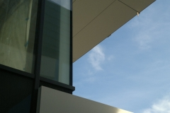 dom prywatny plyty cembrit betonowe fasada wentylowana