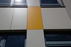 Trespa plyty elewacyjne montaz nowoczesne elewacje kolor zolty