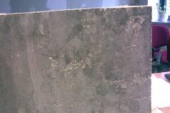 wada-uszkodzenia-plyt-betonowych-fasada-zle